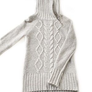 Old Navy • Cable Knit Sweater